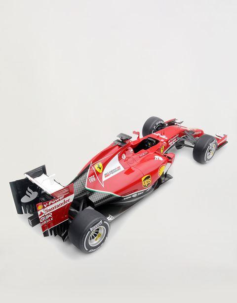 Scuderia Ferrari Online Store - Ferrari F14 T 1:8 scale model -