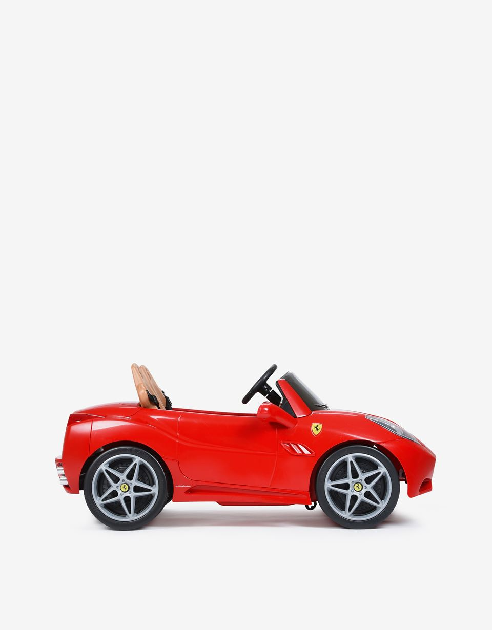 Scuderia Ferrari Online Store - Macchina elettrica Ferrari California a 2 posti - Auto Elettriche