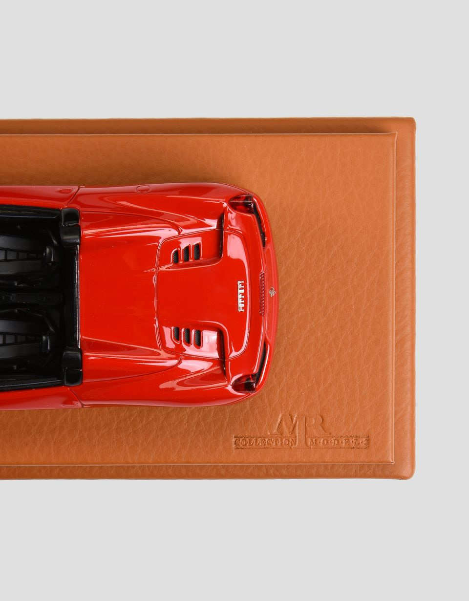 Scuderia Ferrari Online Store - 1:43 scale model of Ferrari 458 Spider - Car Models 01:43
