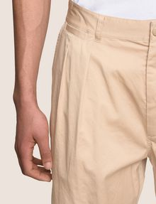 ARMANI EXCHANGE RELAXED-FIT PLEAT-FRONT SHORT Short Man b