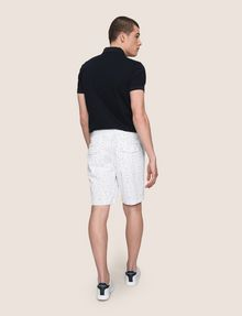 ARMANI EXCHANGE PRINTED CHINO SHORTS Chino Short Man e