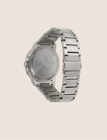 ARMANI EXCHANGE FACETED SILVER-TONED BRACELET WATCH Fashion Watch Man e