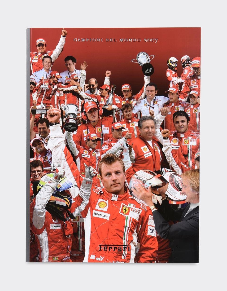 Scuderia Ferrari Online Store - Album Ferrari 2007 - Albums de l'année