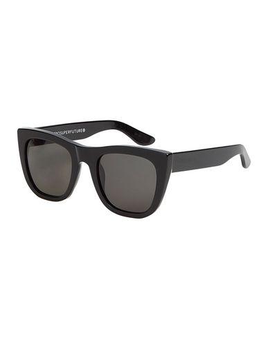 Фото - Солнечные очки от SUPER by RETROSUPERFUTURE черного цвета