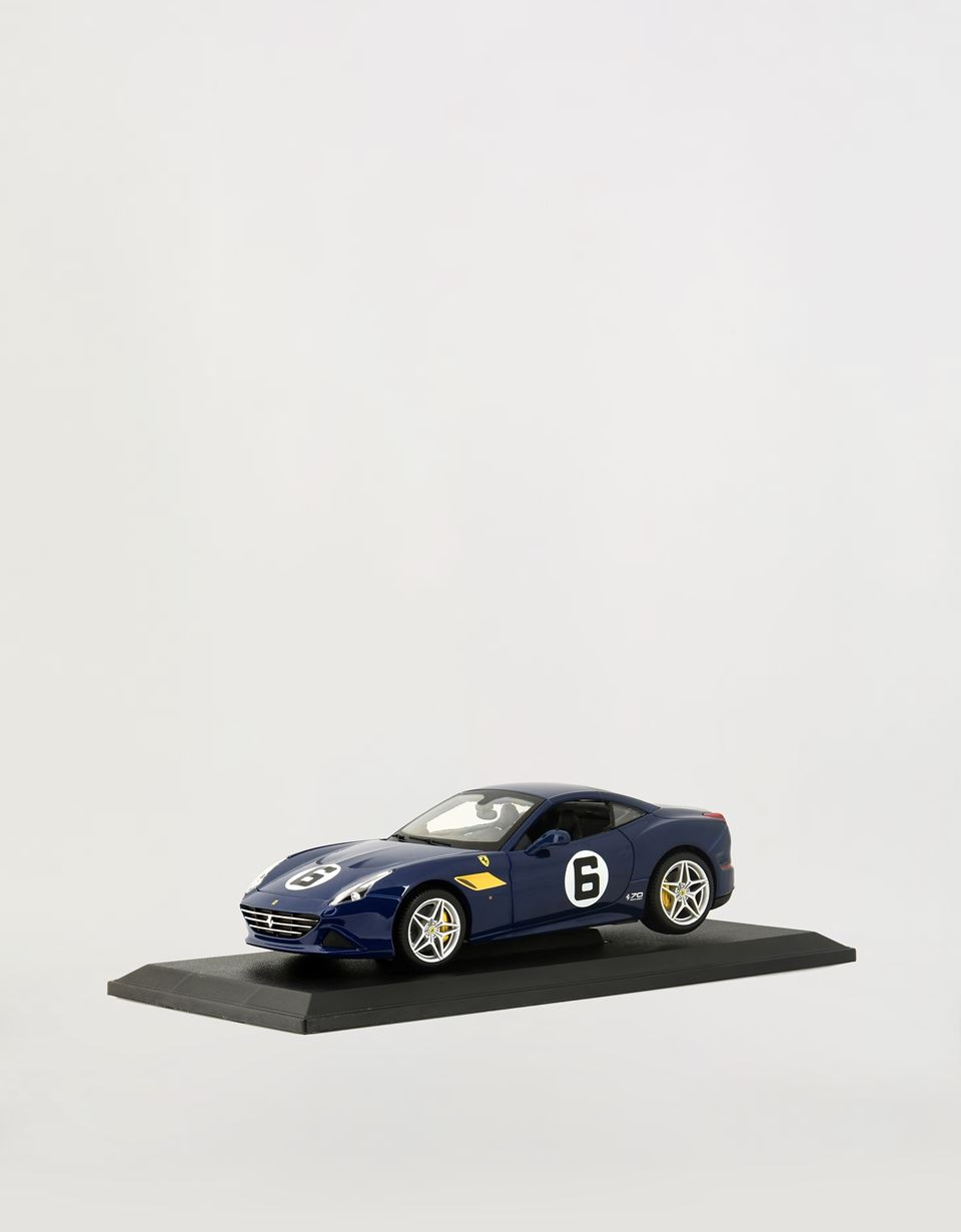 Scuderia Ferrari Online Store - Ferrari California T The Sunoco 1:18 scale model - Car Models 01:18
