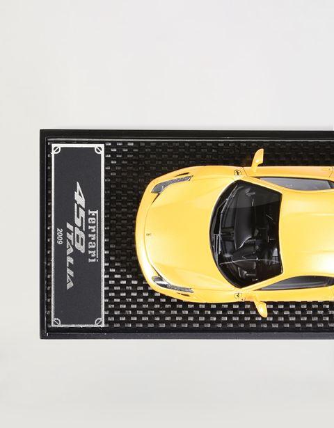 Scuderia Ferrari Online Store - Modèle réduit 458 Italia à l'échelle 1:43 - Modèles réduits voiture 1:43