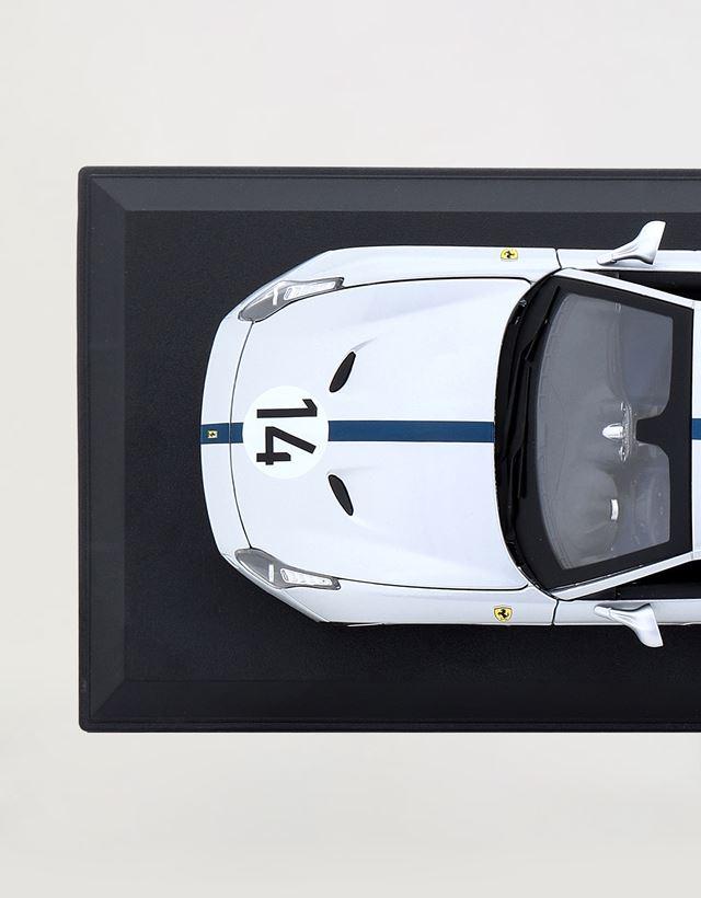 Scuderia Ferrari Online Store - Модель Ferrari California T The Hot Rod в масштабе 1:18 - Модели машины 1:18