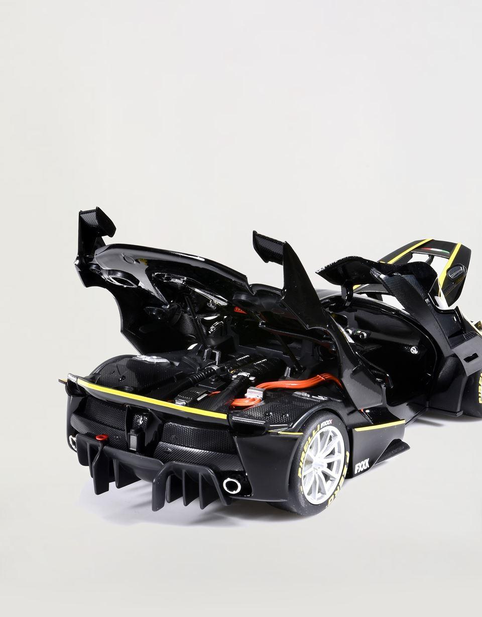 Scuderia Ferrari Online Store - Modèle réduit Ferrari FXX-K à l'échelle 1/18 - Modèles réduits voiture 1:18