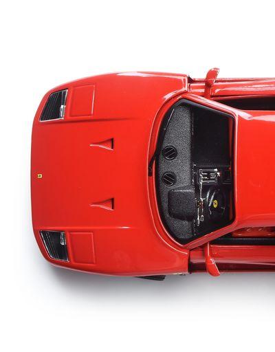 Scuderia Ferrari Online Store - Ferrari F40 1:18 scale model - Car Models 01:18