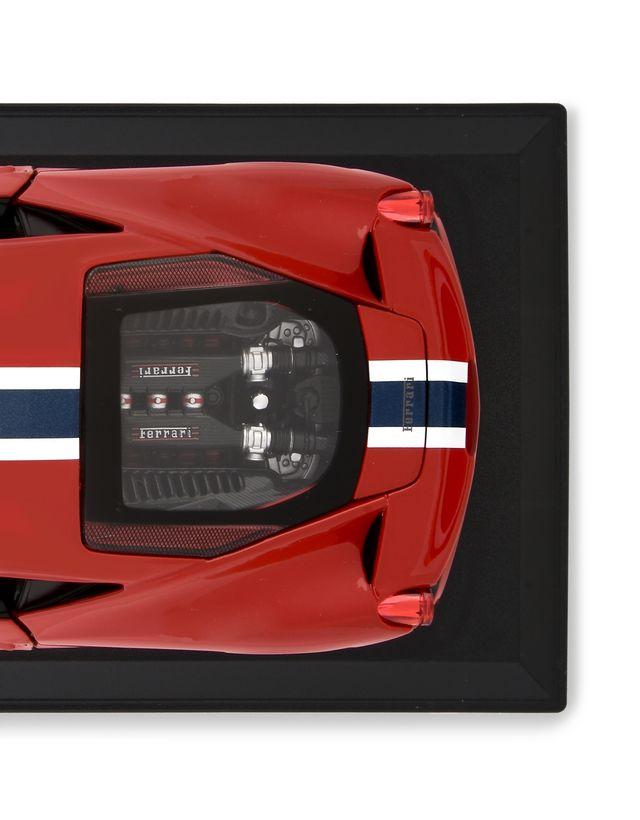 Scuderia Ferrari Online Store - Ferrari 458 Special 1:18 scale model - Car Models 01:18