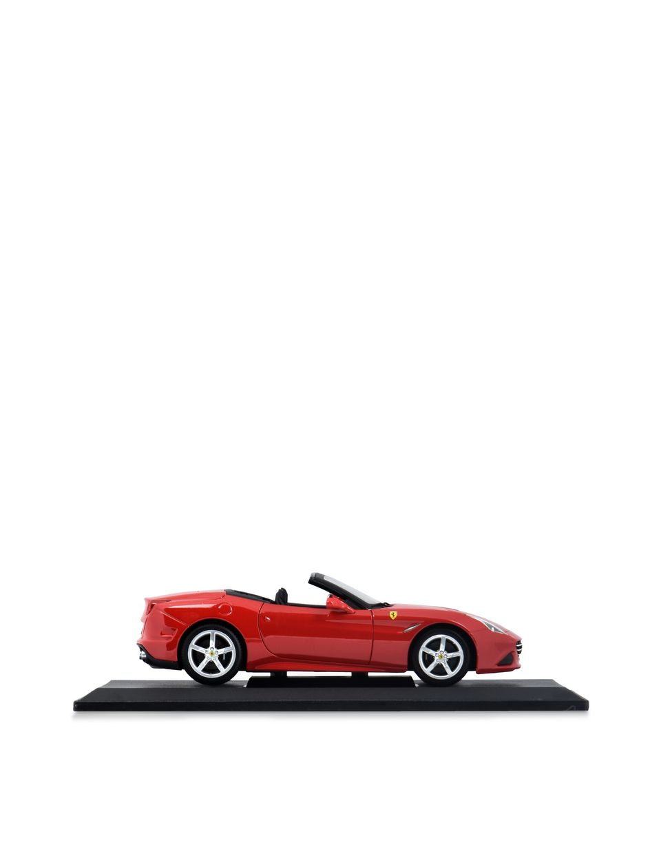 Scuderia Ferrari Online Store - Ferrari California T Open Top 1:18 scale model - Car Models 01:18
