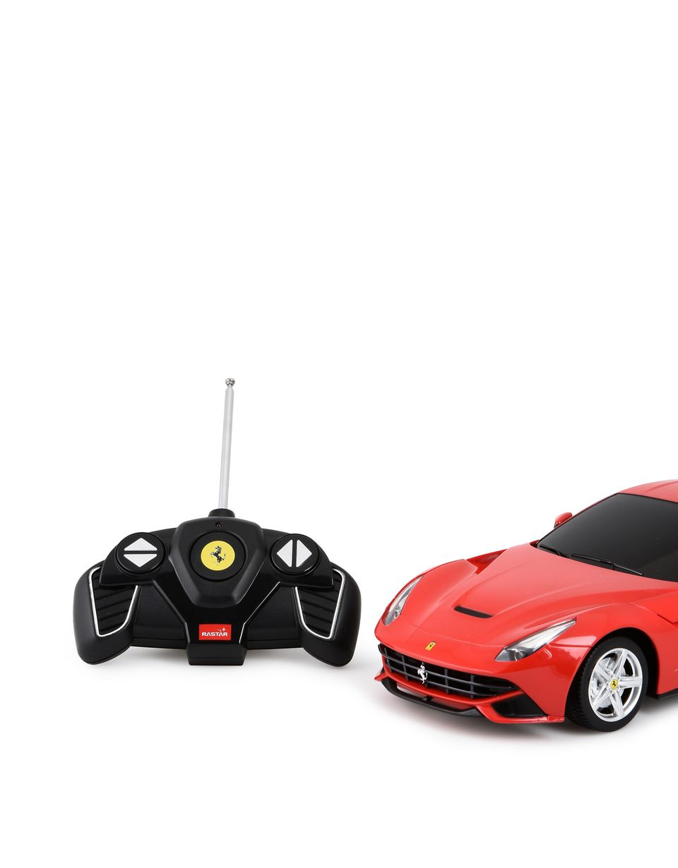 Scuderia Ferrari Online Store - Ferngesteuertes Modell des Ferrari F12berlinetta im Maßstab 1:18 - Funkgesteuerte Spielzeuge