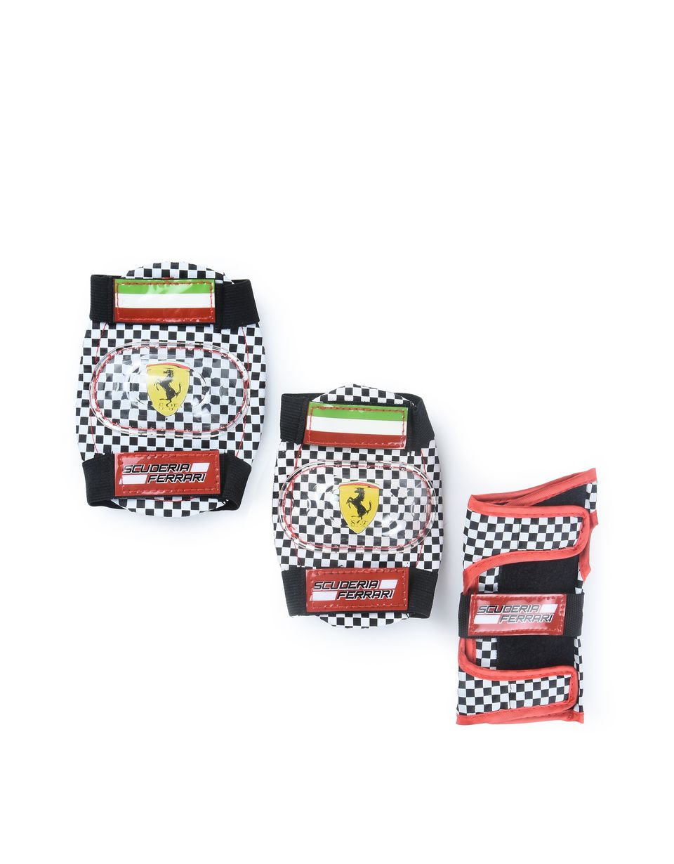 Scuderia Ferrari Online Store - Набор для катания на роликах от Scuderia Ferrari - Скейтборды