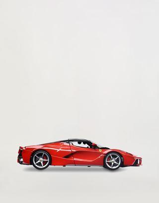 Scuderia Ferrari Online Store - Модель LaFerrari в масштабе 1:18 - Модели машины 1:18