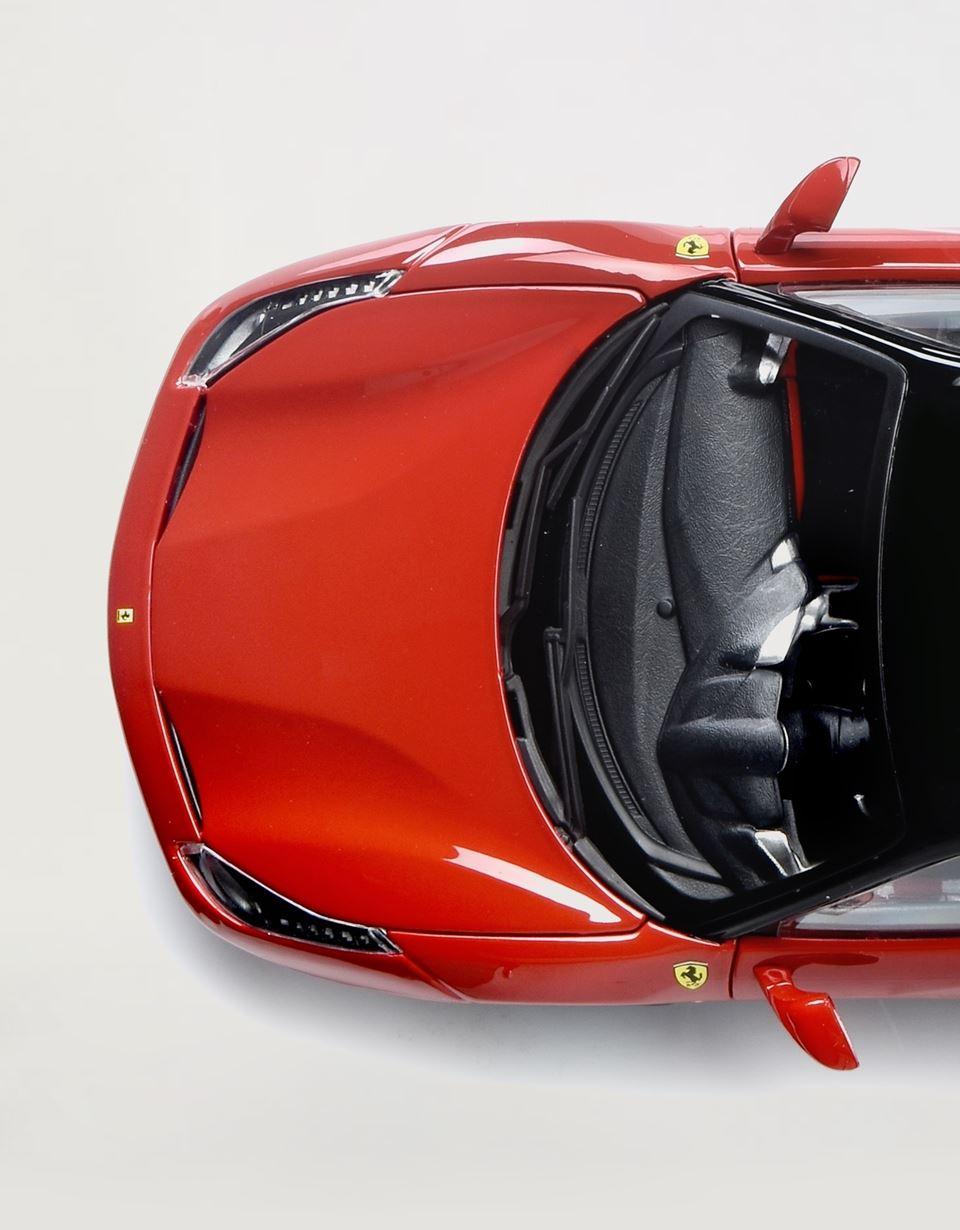 Scuderia Ferrari Online Store - Modellino Ferrari 488 GTB in scala 1:18 - Modellini Auto 1:18