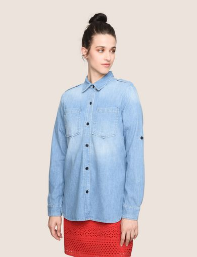 ROLL-SLEEVE CHAMBRAY BUTTON-DOWN SHIRT