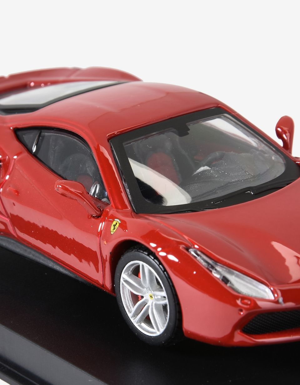 Scuderia Ferrari Online Store - Ferrari 488 GTB 1:43 AM scale model - Car Models 01:43