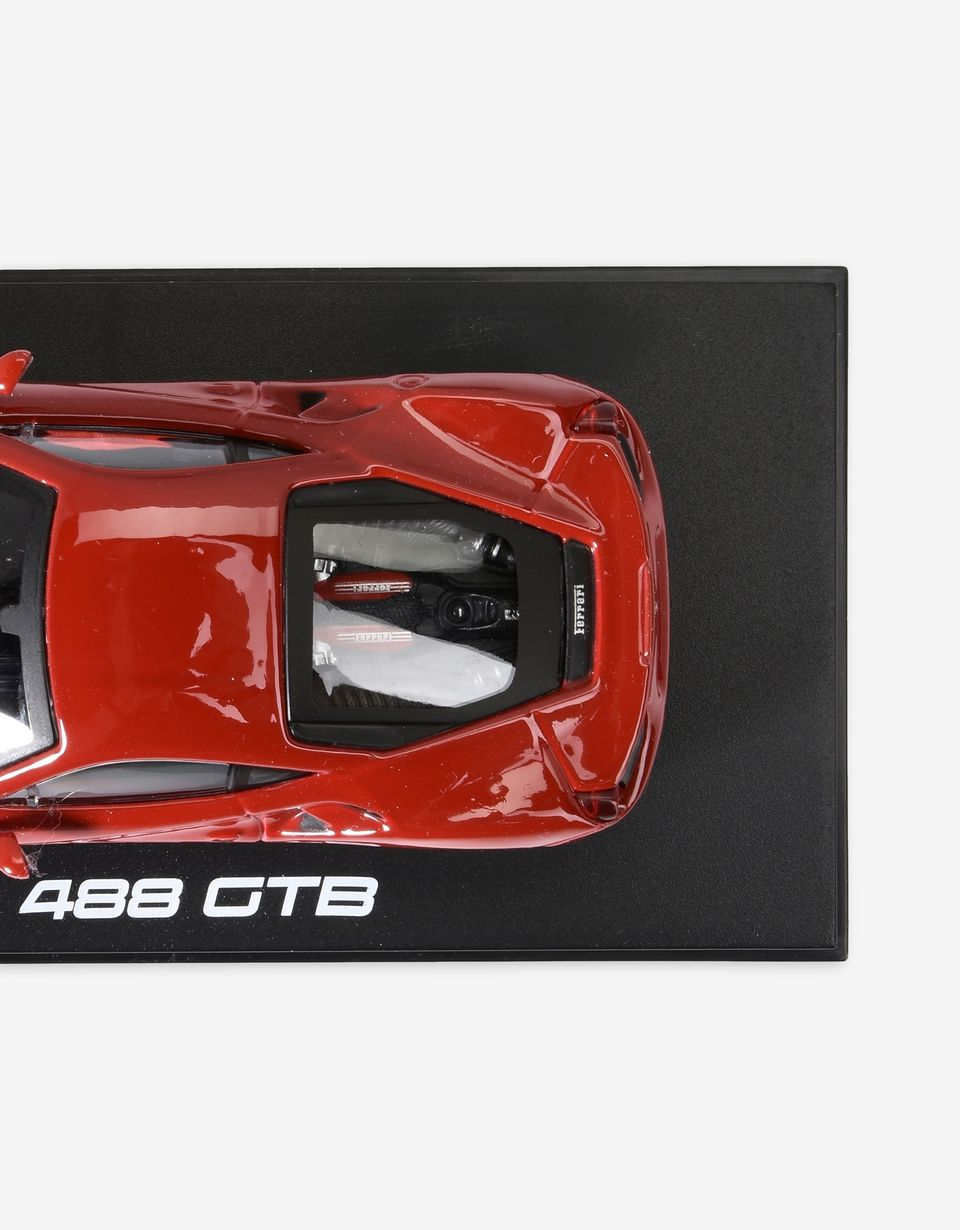 Scuderia Ferrari Online Store - Ferrari 488 GTB model car in 1:43 scale - Car Models 01:43