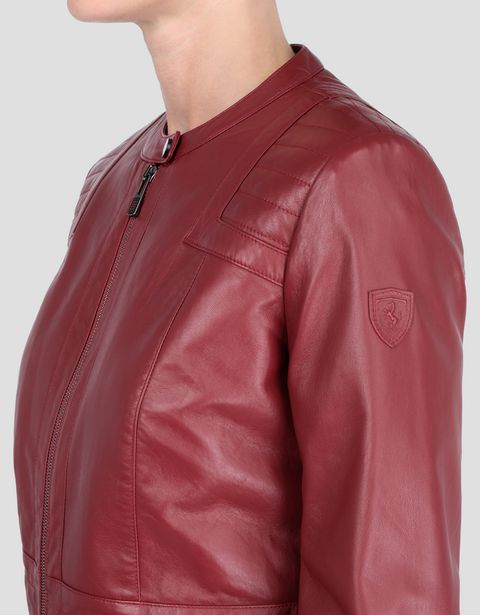 Women's leather jacket with ergonomic seam