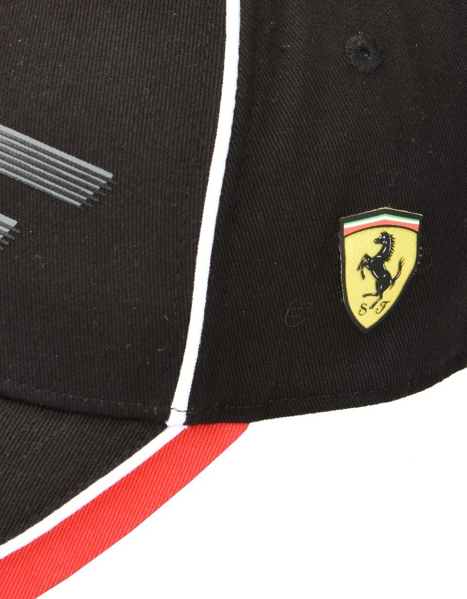 Scuderia Ferrari Online Store - Cappellino bambino con iniziali SF - Cappellini da Baseball