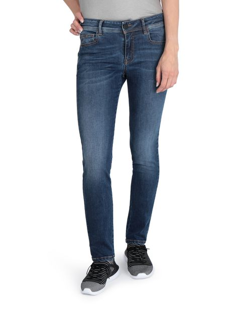 Slim-fit women's jeans