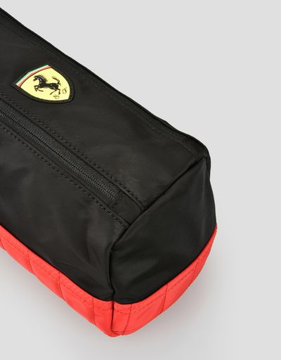 Scuderia Ferrari Online Store - Beauty case bicolore con Scudetto - Beauty Case