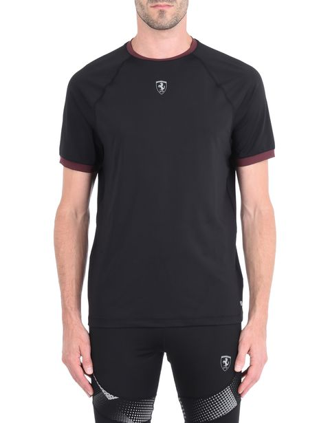 Men's short-sleeved T-shirt with contrasting details