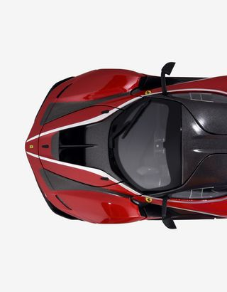 Scuderia Ferrari Online Store - Modellino Ferrari FXX K in scala 1:18 - Modellini Auto 1:18