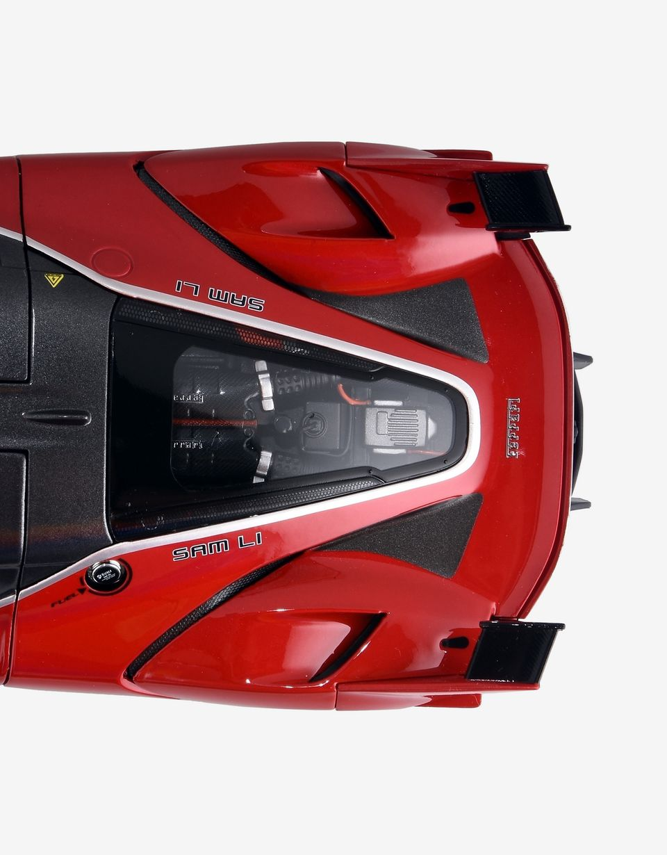 Scuderia Ferrari Online Store - Ferrari FXX K model in 1:18 scale - Car Models 01:18