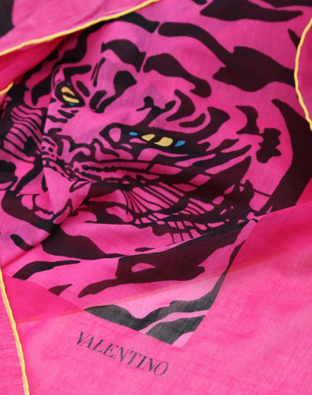 Shawl with TIGER RE-EDITION 1967 print