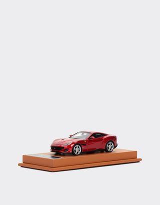Scuderia Ferrari Online Store - Modellauto Ferrari Portofino im Maßstab 1:43 - Automodelle 01:43