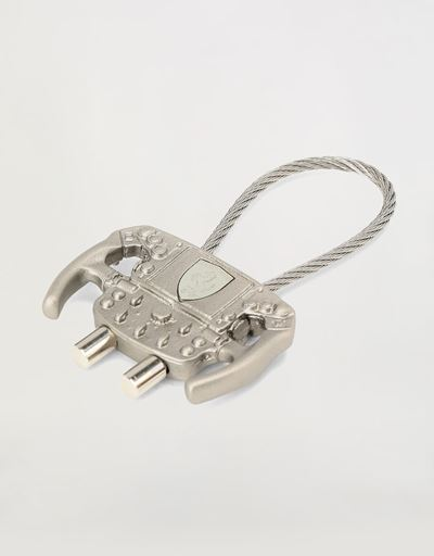 Steering wheel shaped metal keyring