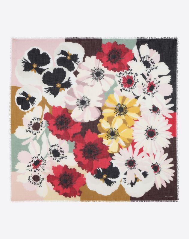 Shawl with floral print