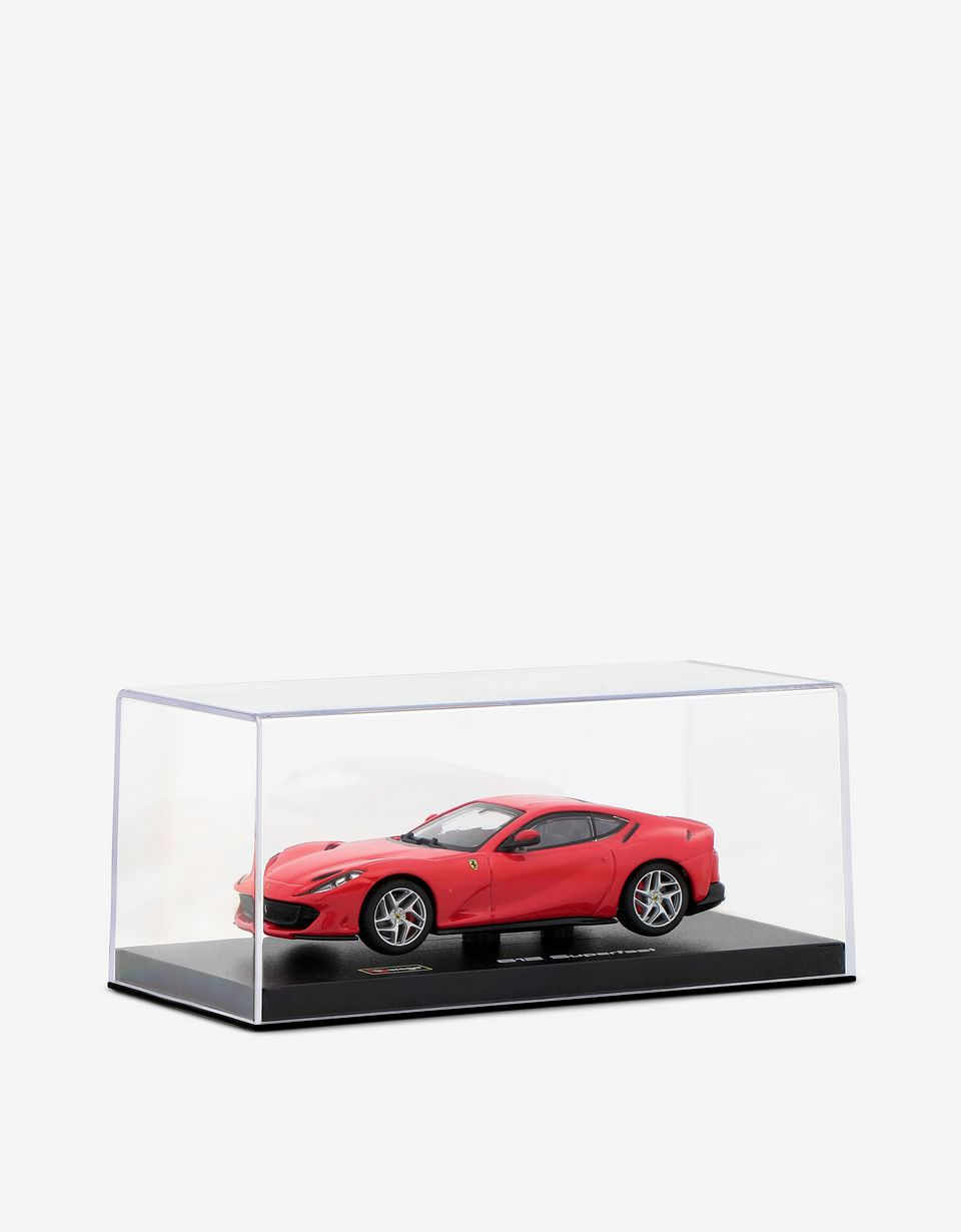 Scuderia Ferrari Online Store - Ferrari 812 Superfast 1:43 scale model - Car Models 01:43