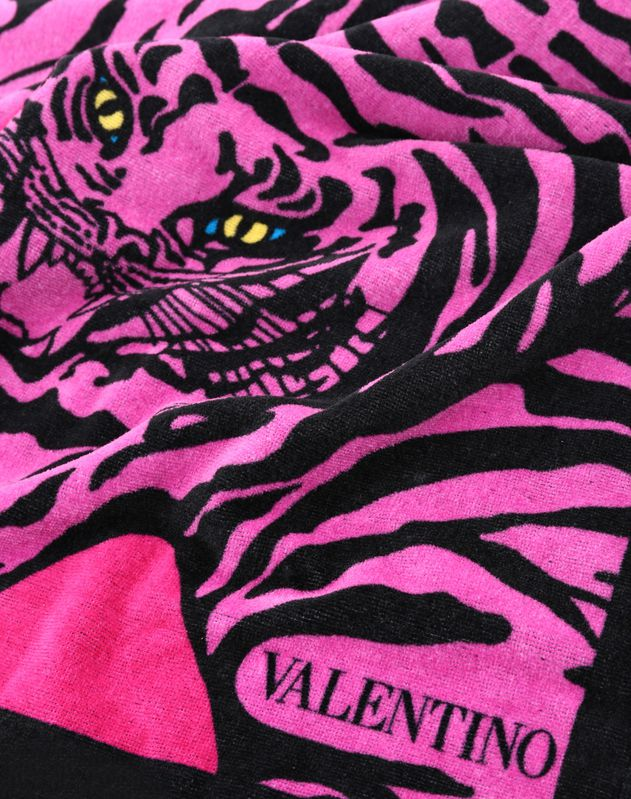 Beach towel with TIGER RE-EDITION 1967 print