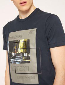ARMANI EXCHANGE T-SHIRT SLIM CON STAMPA URBANA E LOGO EFFETTO SFOCATO T-shirt senza logo Uomo a