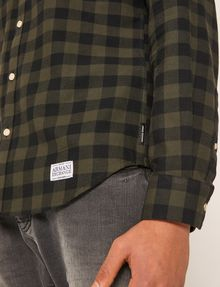 ARMANI EXCHANGE REGULAR-FIT CHECK FLANNEL SHIRT Long-Sleeved Shirt Man b