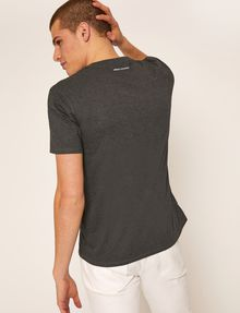ARMANI EXCHANGE REGULAR-FIT LARGE PRINT LOGO V-NECK Graphic T-shirt Man e
