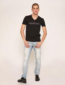 ARMANI EXCHANGE SLIM-FIT REVERSE REFLECT LOGO V-NECK Logo T-shirt Man a