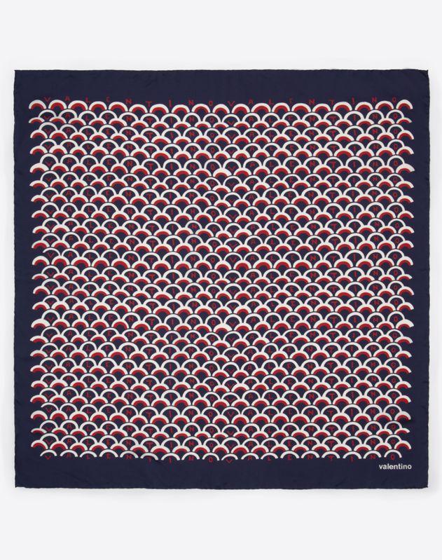 Valentino Scale 徽标印纹方巾