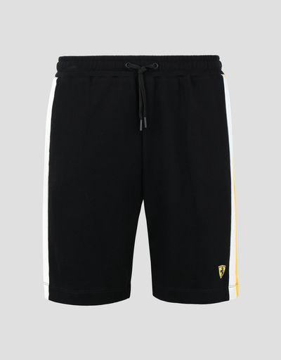 Scuderia Ferrari Online Store - Men's bermudas with contrasting side stripes -