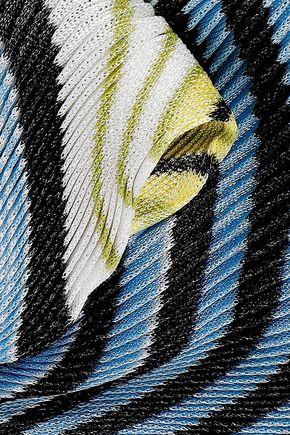 MISSONI Plissé striped crochet-knit scarf