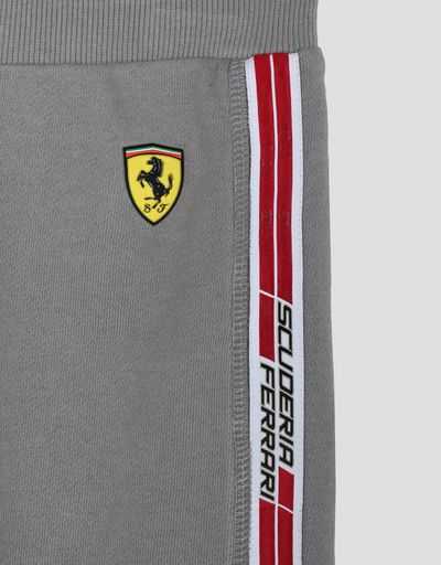 Scuderia Ferrari Online Store - Boy's shorts in French Terry with <i>Icon Tape</i> - Shorts