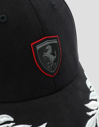 Scuderia Ferrari Online Store - Women's cap with laurel leaf embroidery - Baseball Caps