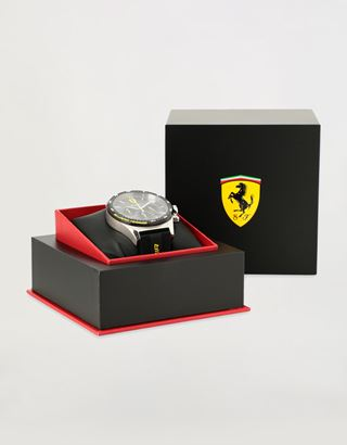 Scuderia Ferrari Online Store - Pilota Chronograph watch with black silicone strap - Chrono Watches