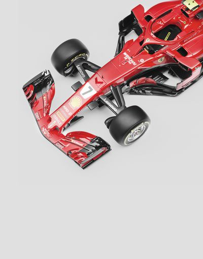 Scuderia Ferrari Online Store - Ferrari SF71H model F1 Räikkönen in 01:12 scale - Car Models 1:12
