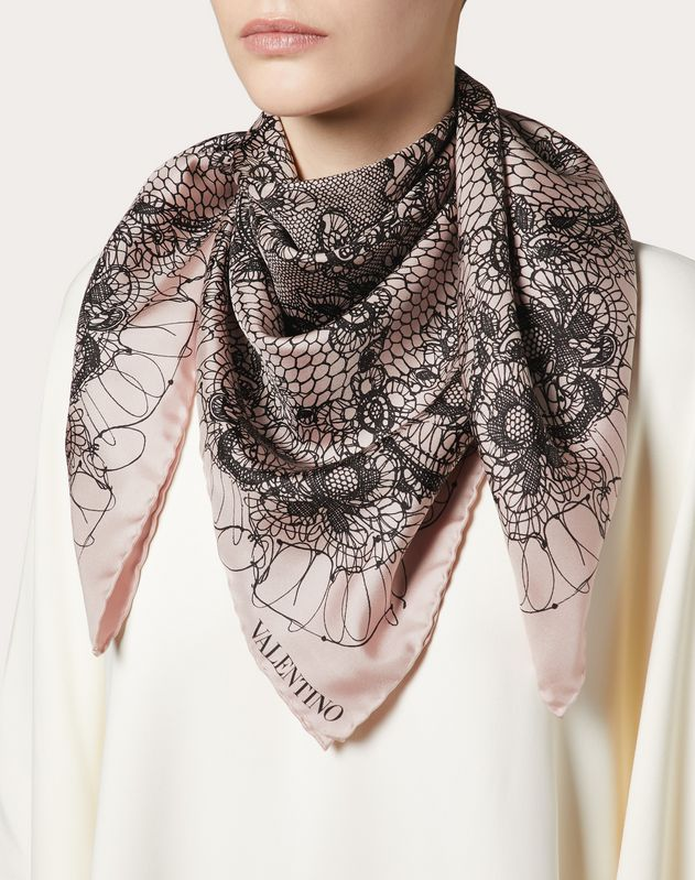 Foulard in silk twill with Lace print 90x90 cm