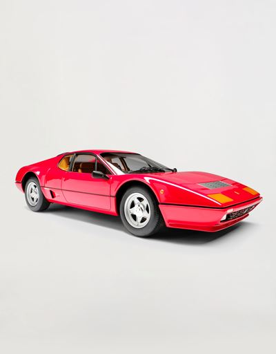 Ferrari BB 512i model in 1:8 scale