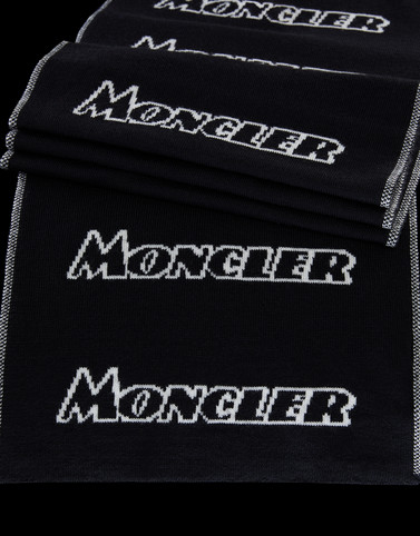 Moncler New in Man: SCIARPA
