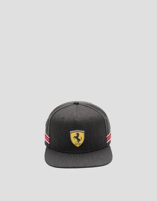 Scuderia Ferrari Online Store - Мужская бейсболка с плоским козырьком и тесьмой Icon Tape - Бейсболки